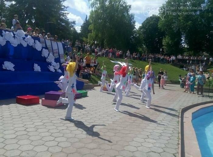У Кам`янці День захисту дітей відкрили конкурсами та флешмобом, фото-5