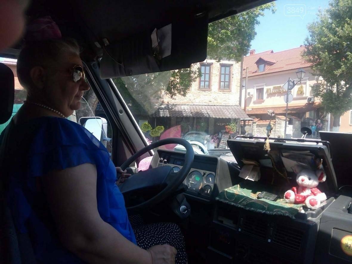 Чоловіча справа в жіночих руках. Історія кам`янчанки – водія маршрутки, фото-2