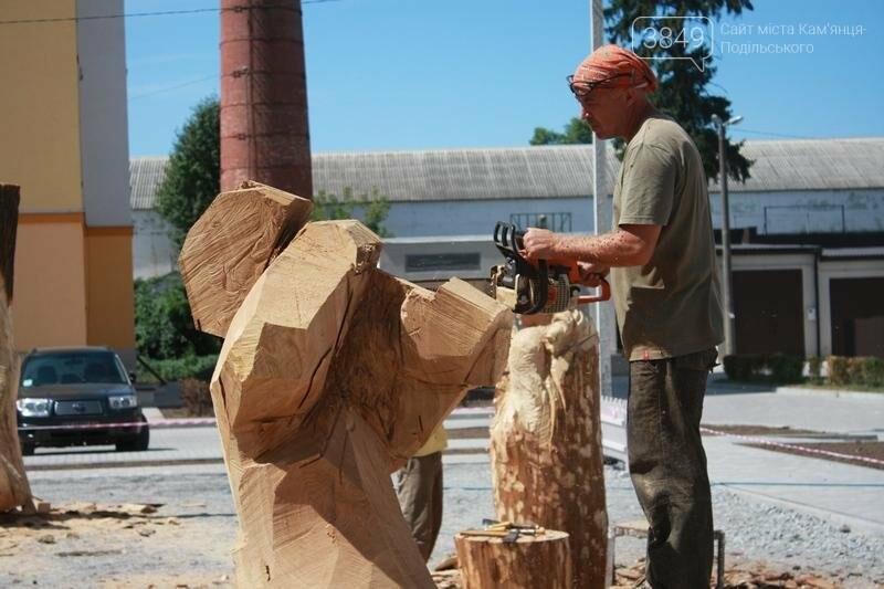"""Фестиваль """"ПОDІЛЛЯ WOODCRAFT"""" продовжується. Учасники працюють над скульптурами, фото-4"""