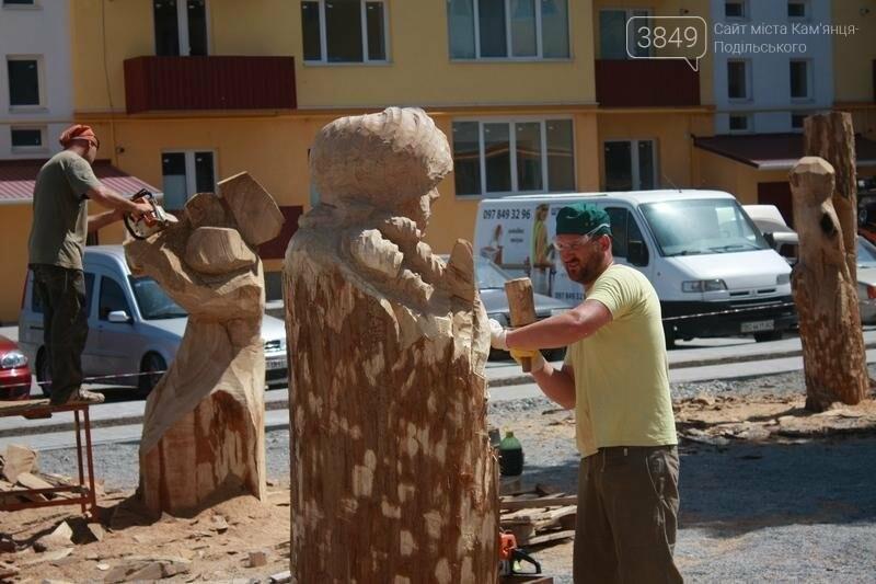 """Фестиваль """"ПОDІЛЛЯ WOODCRAFT"""" продовжується. Учасники працюють над скульптурами, фото-5"""