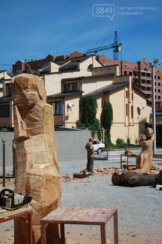 """Фестиваль """"ПОDІЛЛЯ WOODCRAFT"""" продовжується. Учасники працюють над скульптурами, фото-8"""