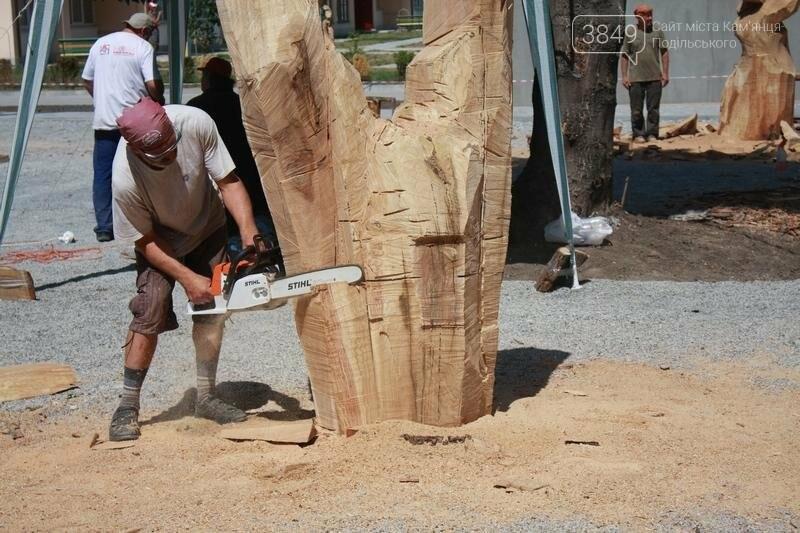 """Фестиваль """"ПОDІЛЛЯ WOODCRAFT"""" продовжується. Учасники працюють над скульптурами, фото-17"""