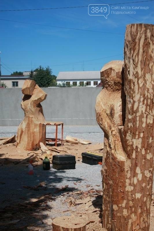 """Фестиваль """"ПОDІЛЛЯ WOODCRAFT"""" продовжується. Учасники працюють над скульптурами, фото-12"""
