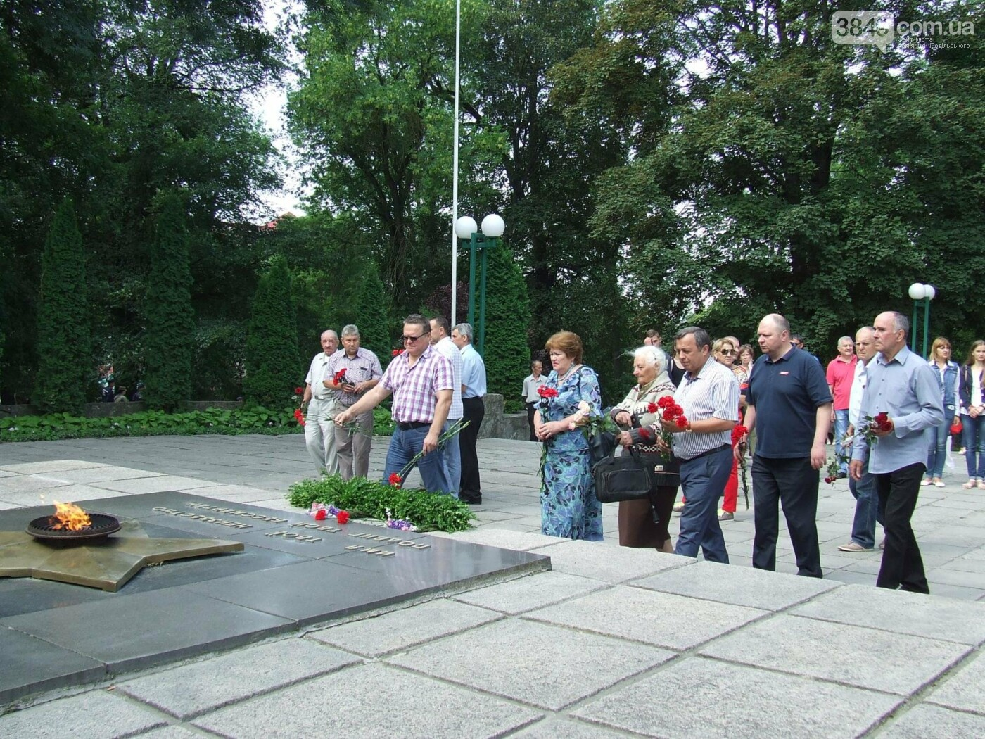 У Сквері танкістів вшанували пам'ять полеглих під час Другої світової війни, фото-6