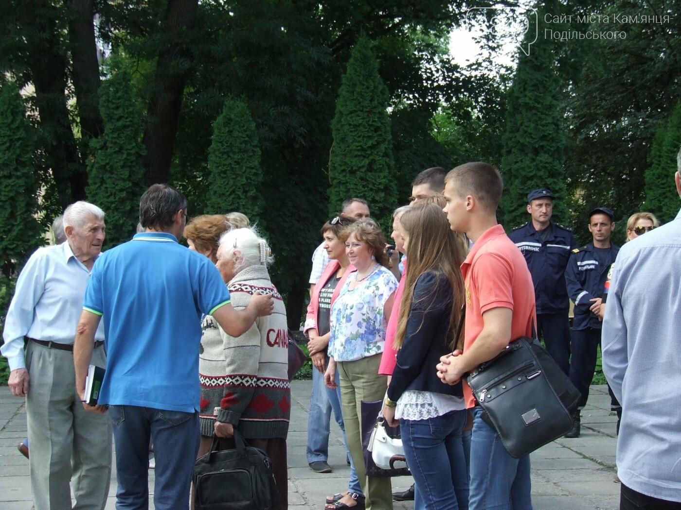 У Сквері танкістів вшанували пам'ять полеглих під час Другої світової війни, фото-12