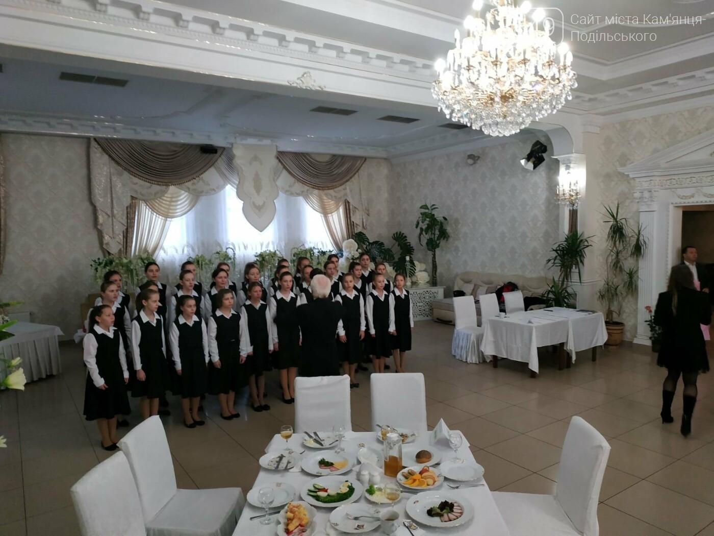Громадськість Кам'янця-Подільського об'єдналася під час спільної молитви, фото-3