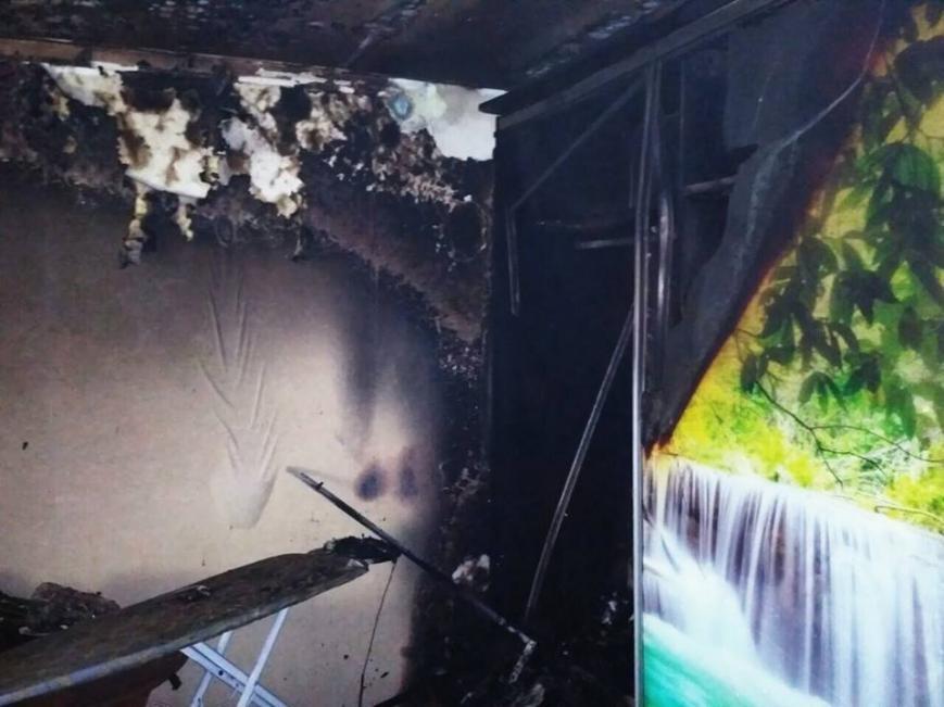 У Кам'янці горіла квартира, фото-3