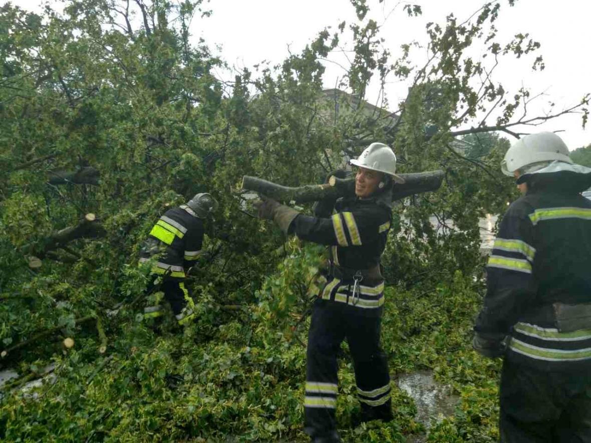 На території Хмельницької області знеструмлені 35 населених пунктів, фото-8