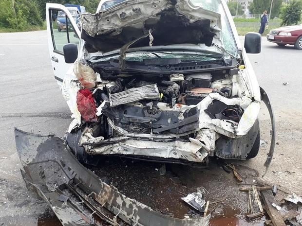 Дорожня аварія у Кам'янці, фото-1