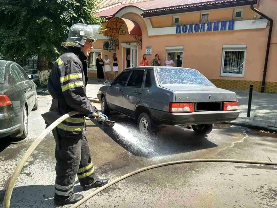 Рятувальники запобігли загорянню пального на дорозі, фото-3
