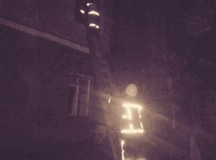 У Кам`янці унаслідок короткого замикання горів житловий будинок, фото-1