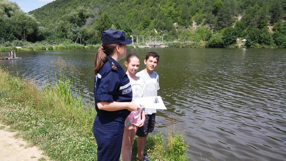 Кам'янець-Подільські рятувальники здійснюють рейди водними об'єктами, фото-1
