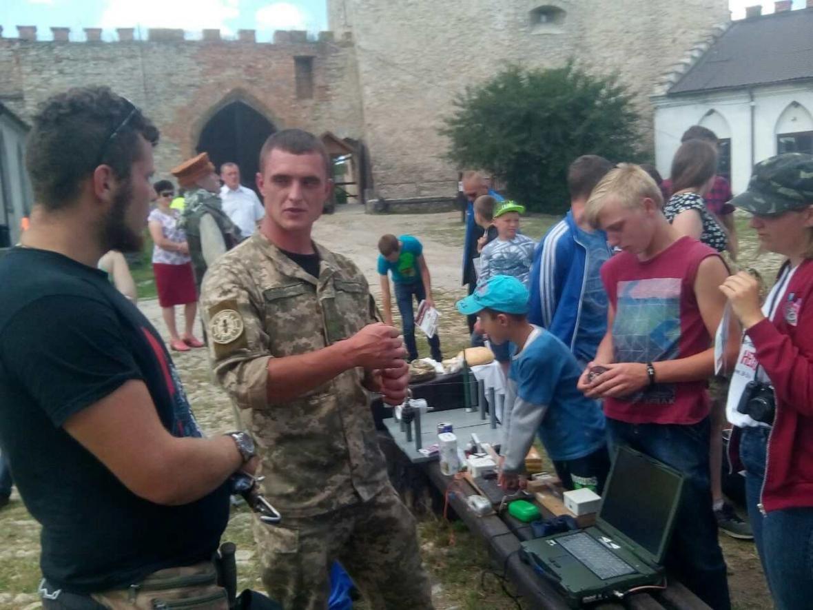 Військовослужбовці Центру розмінування провели показові заняття з мінної безпеки, фото-7