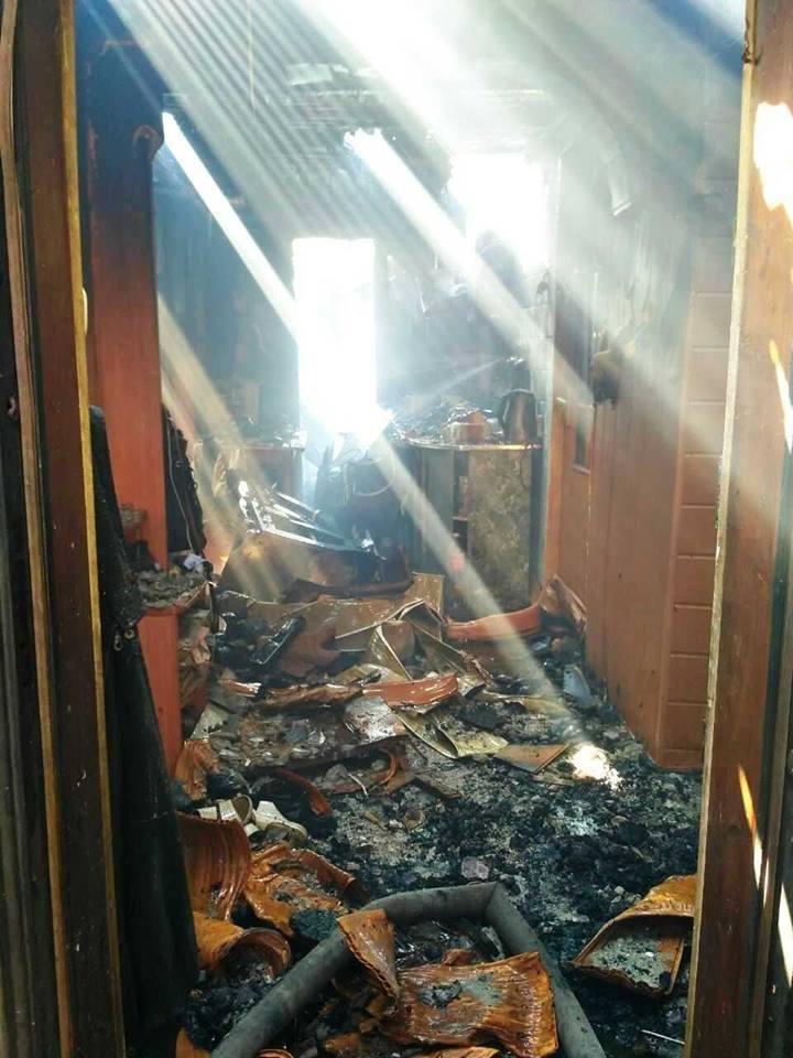 Свічка спричинила пожежу житлового будинку у Кам`янці, фото-3