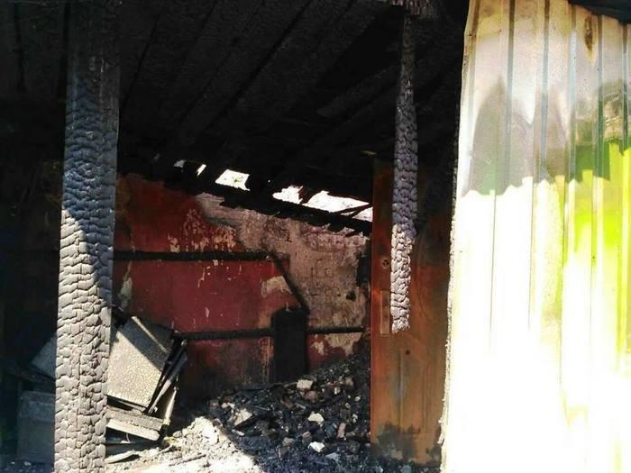 Свічка спричинила пожежу житлового будинку у Кам`янці, фото-5