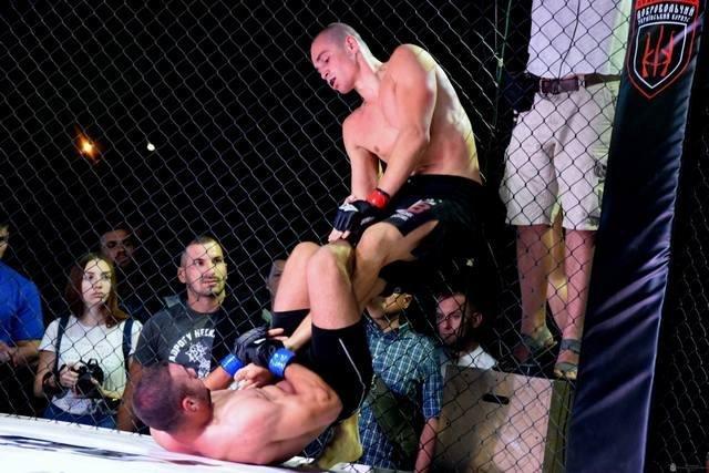 Кам'янчанин отримав звання інтернаціонального чемпіона та пояс MMA PRO, фото-2