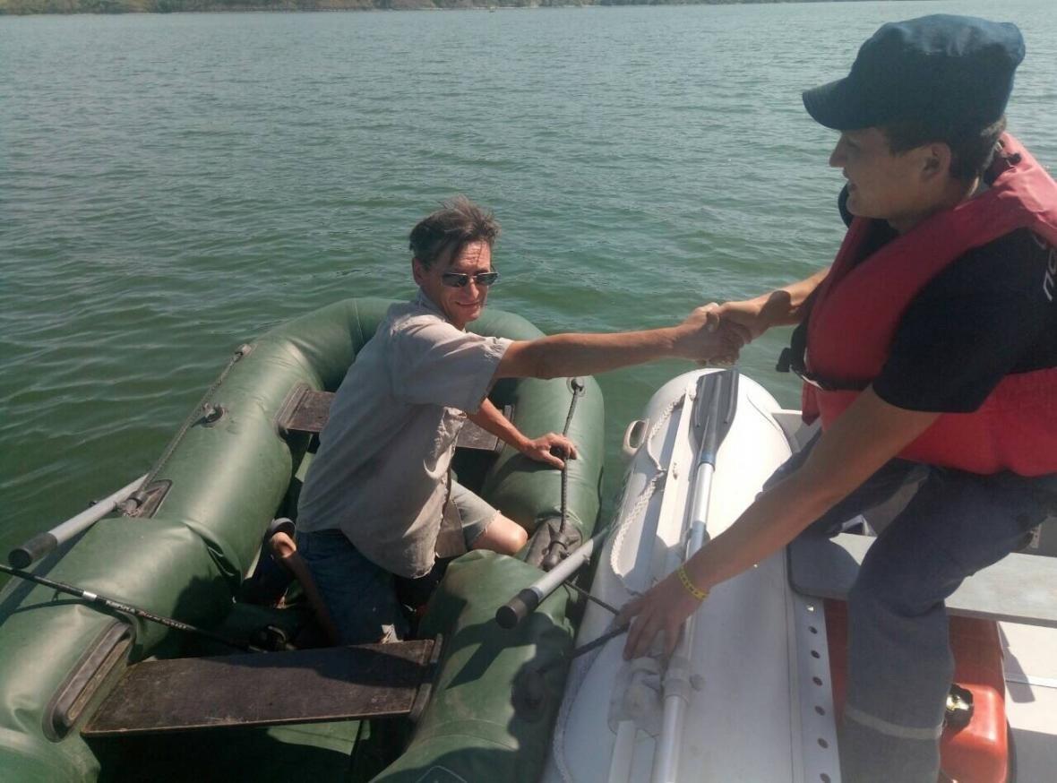 На річці Дністер врятовано рибалку, фото-1