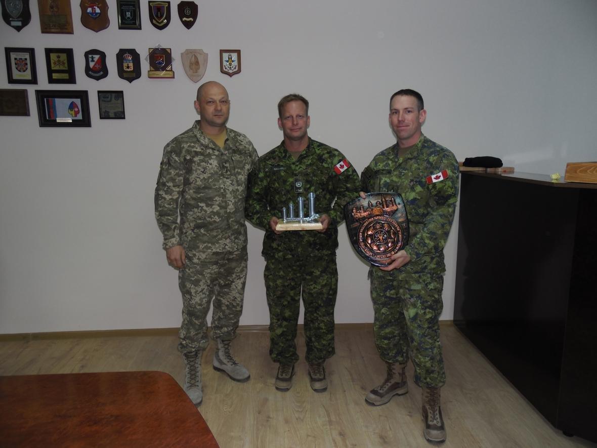 Збройні Сили Канади покинули Кам'янець-Подільський, фото-3