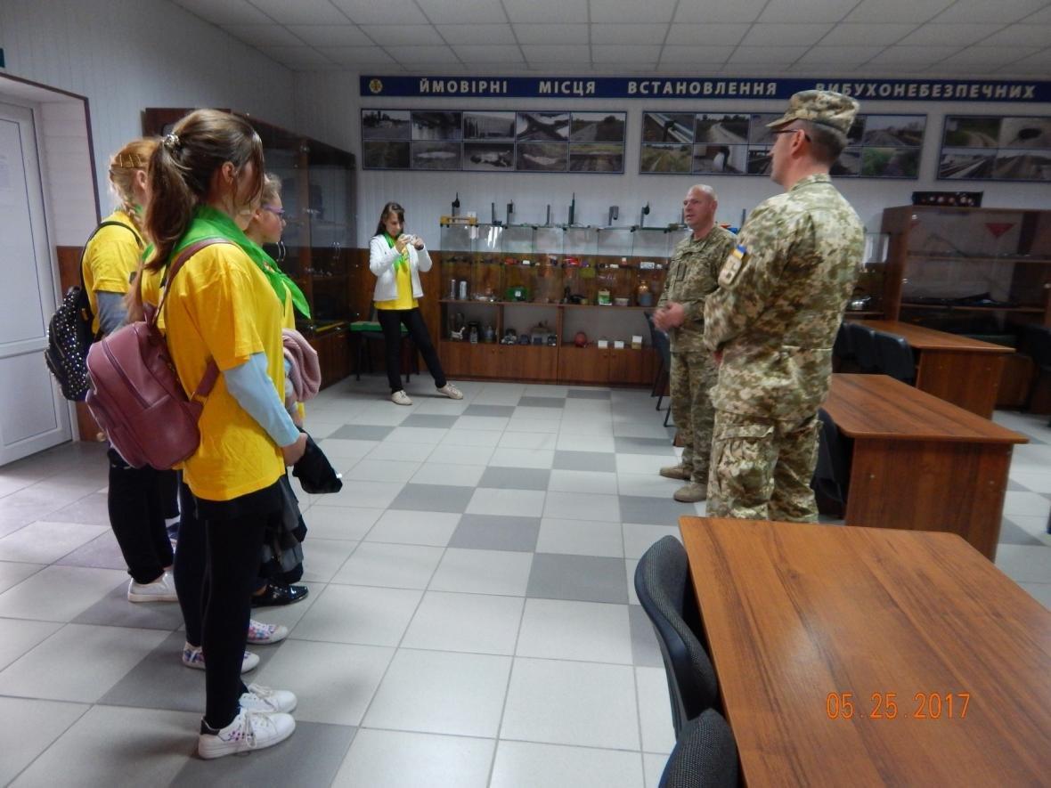 ЗОШ №15 у гостях у військовийх Центру розмінування, фото-3