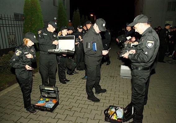 Зведений загін поліцейських Хмельницької області вирушив допомагати колегам із Вінничини, фото-1