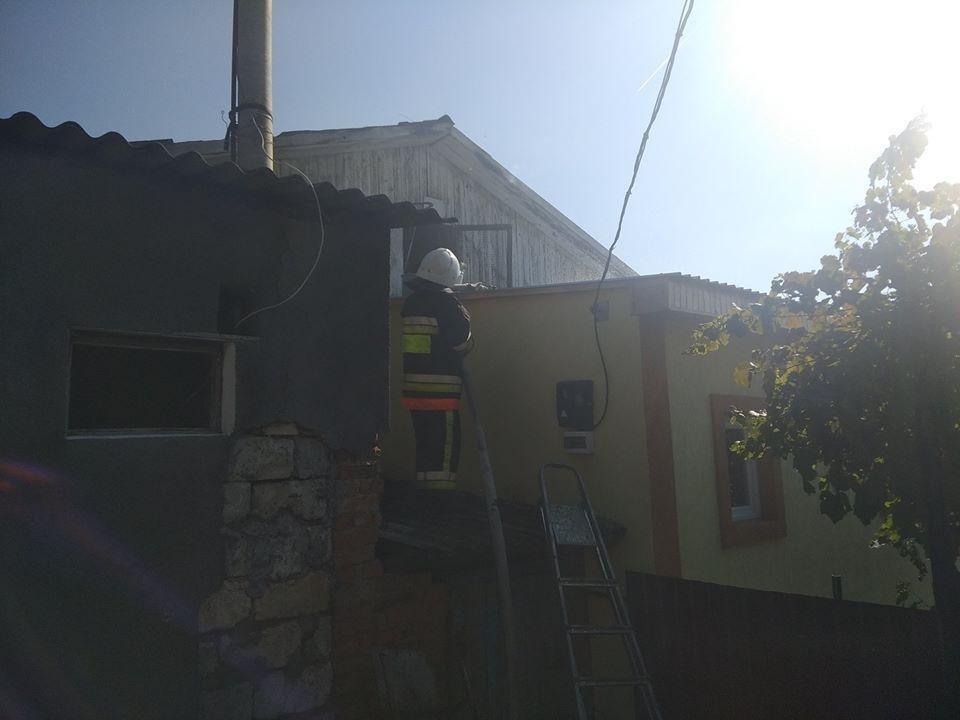 Дитячі пустощі з вогнем спричинили пожежу у селі Слобідка-Кульчієвецька, фото-1