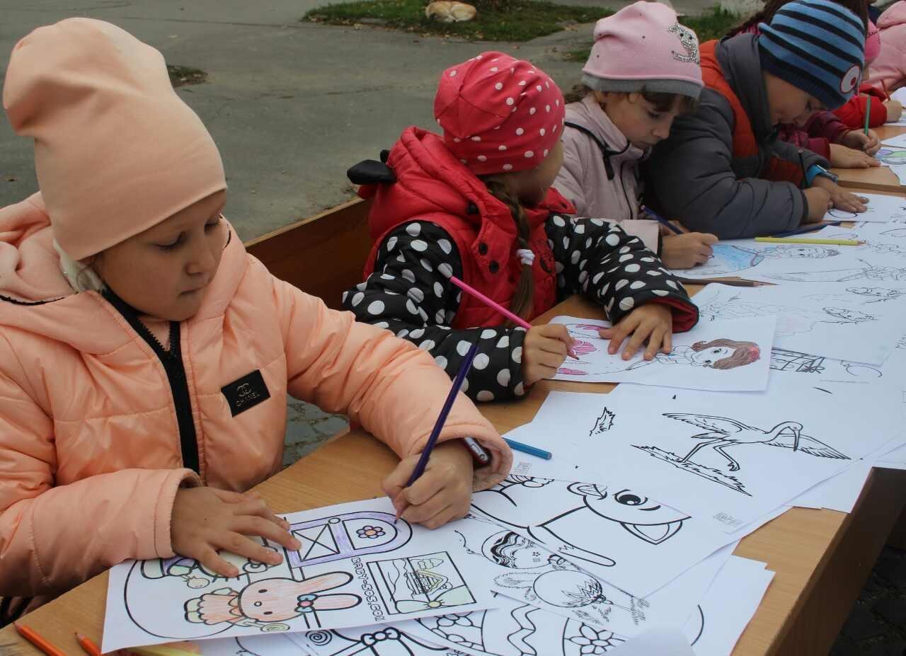 Кам'янчани оригінально відсвяткували День художника, фото-4