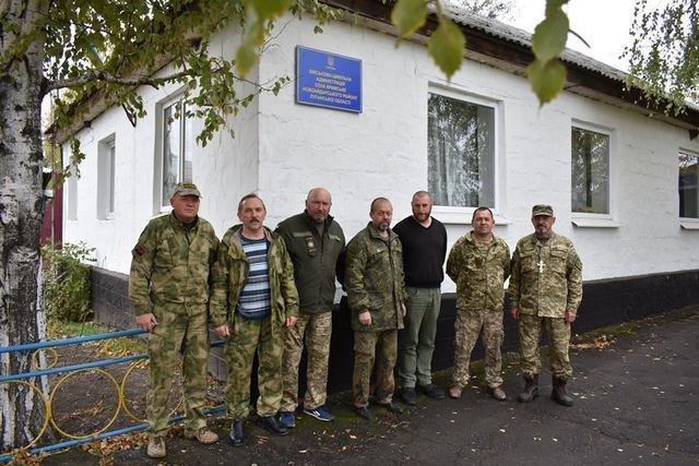 Військові на Сході отримали гостинці із Кам'янця-Подільського, фото-6