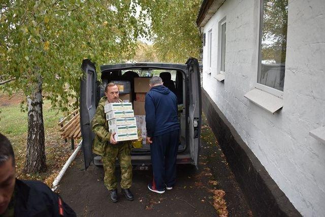 Військові на Сході отримали гостинці із Кам'янця-Подільського, фото-7