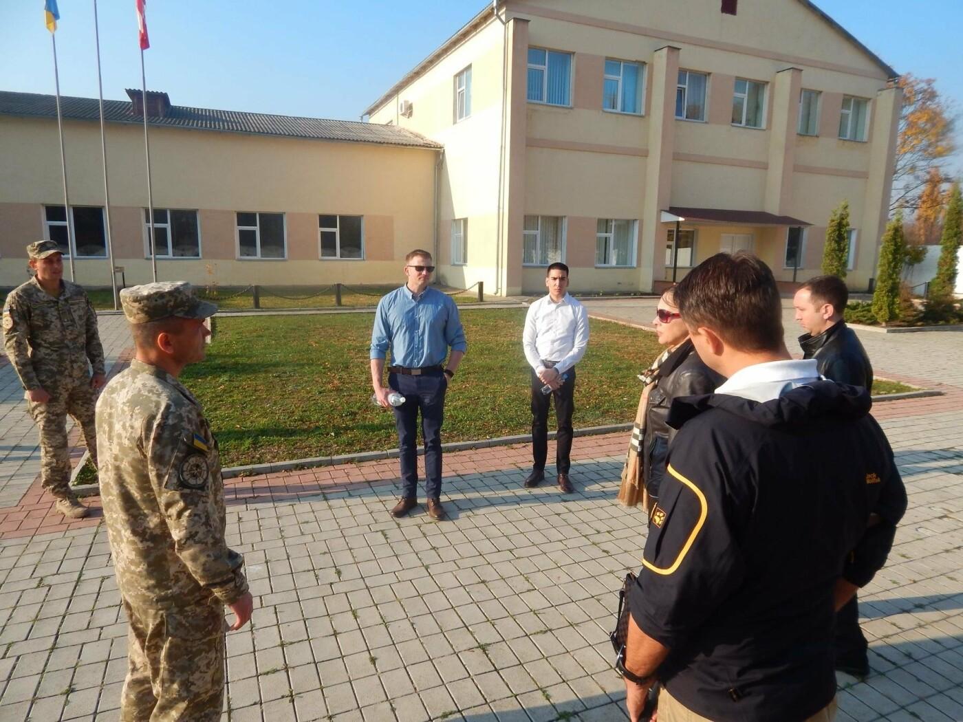 Центр розмінування відвідала делегація Збройних Сил США, фото-4