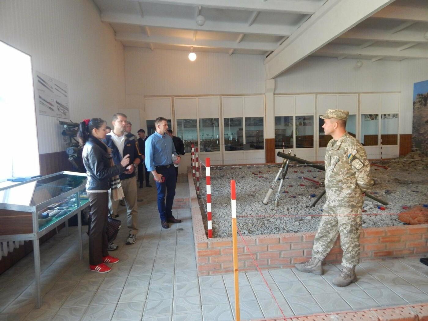 Центр розмінування відвідала делегація Збройних Сил США, фото-5