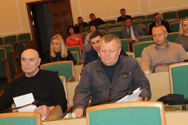 На сесії міської ради розглянули питання щодо розподілу коштів, фото-1