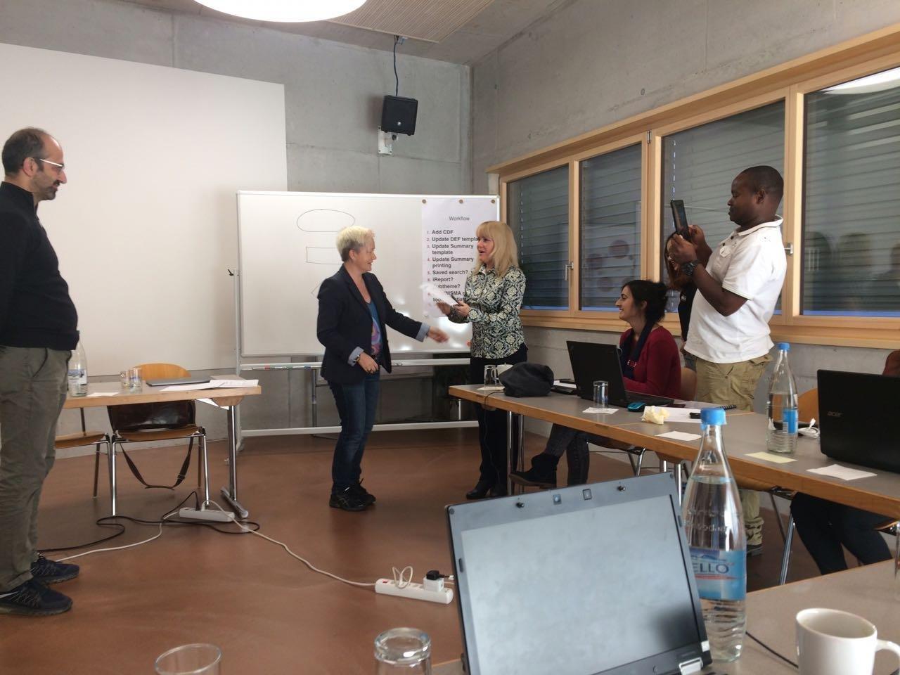 Військовослужбовець Центру розмінування увійшов в трійку найкращих слухачів фахового курсу в Швейцарії, фото-2
