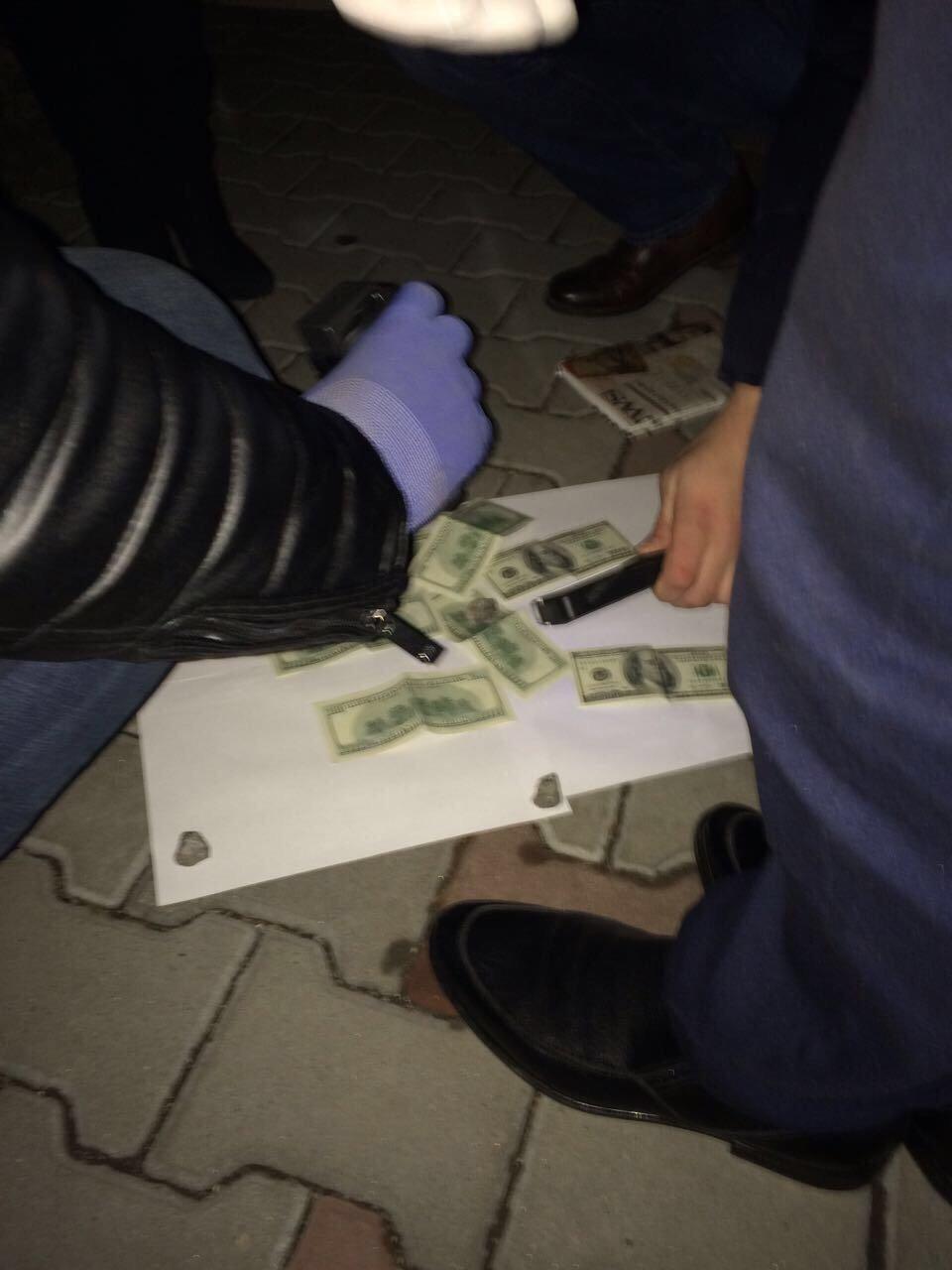 На Хмельниччині адвокат вимагав хабар за вплив на прийняття суддями рішення про закриття кримінального провадження, фото-2