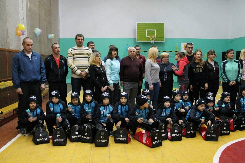 """У Кам'янці відбулось сімейно-спортивне свято під назвою """"Кімната юного футболіста"""", фото-1"""