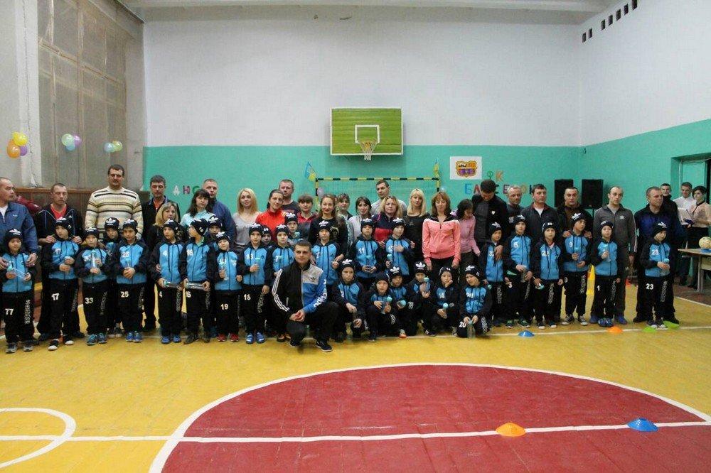 """У Кам'янці відбулось сімейно-спортивне свято під назвою """"Кімната юного футболіста"""", фото-2"""
