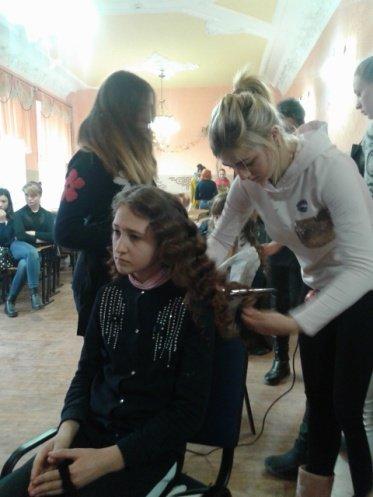 Студенти Подільського центру ПТО відвідали дітей-інвалідів та школу-інтернат, фото-1