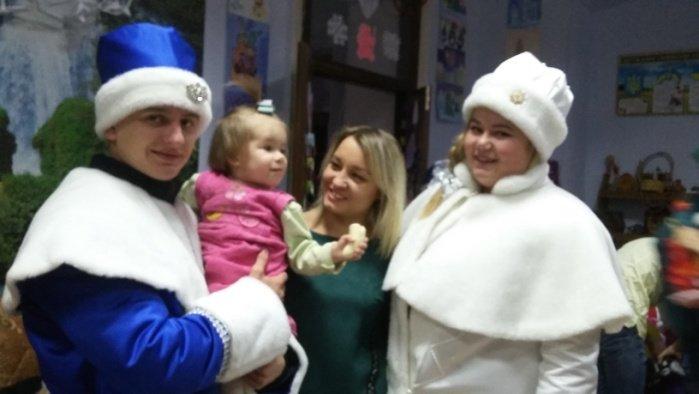 Студенти Подільського центру ПТО відвідали дітей-інвалідів та школу-інтернат, фото-4