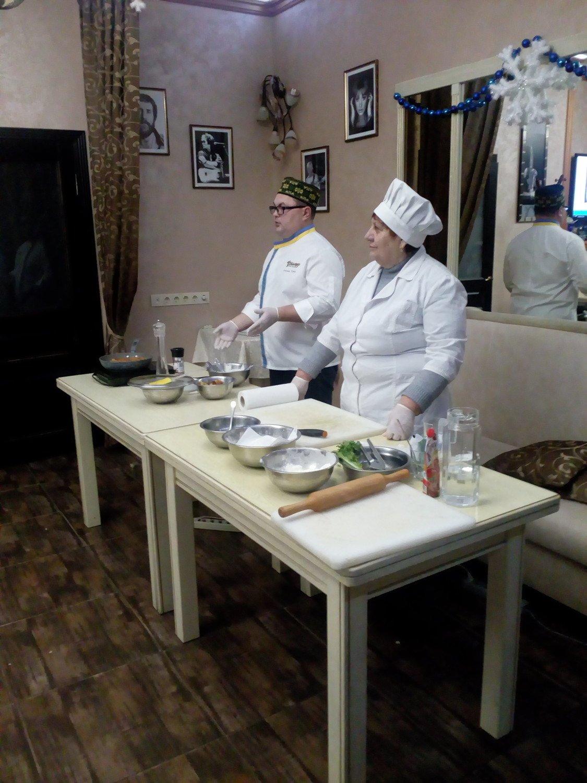 Студенти Подільського центру ПТО відвідали кулінарний майстер-клас у одному із ресторанів Кам'янця, фото-1