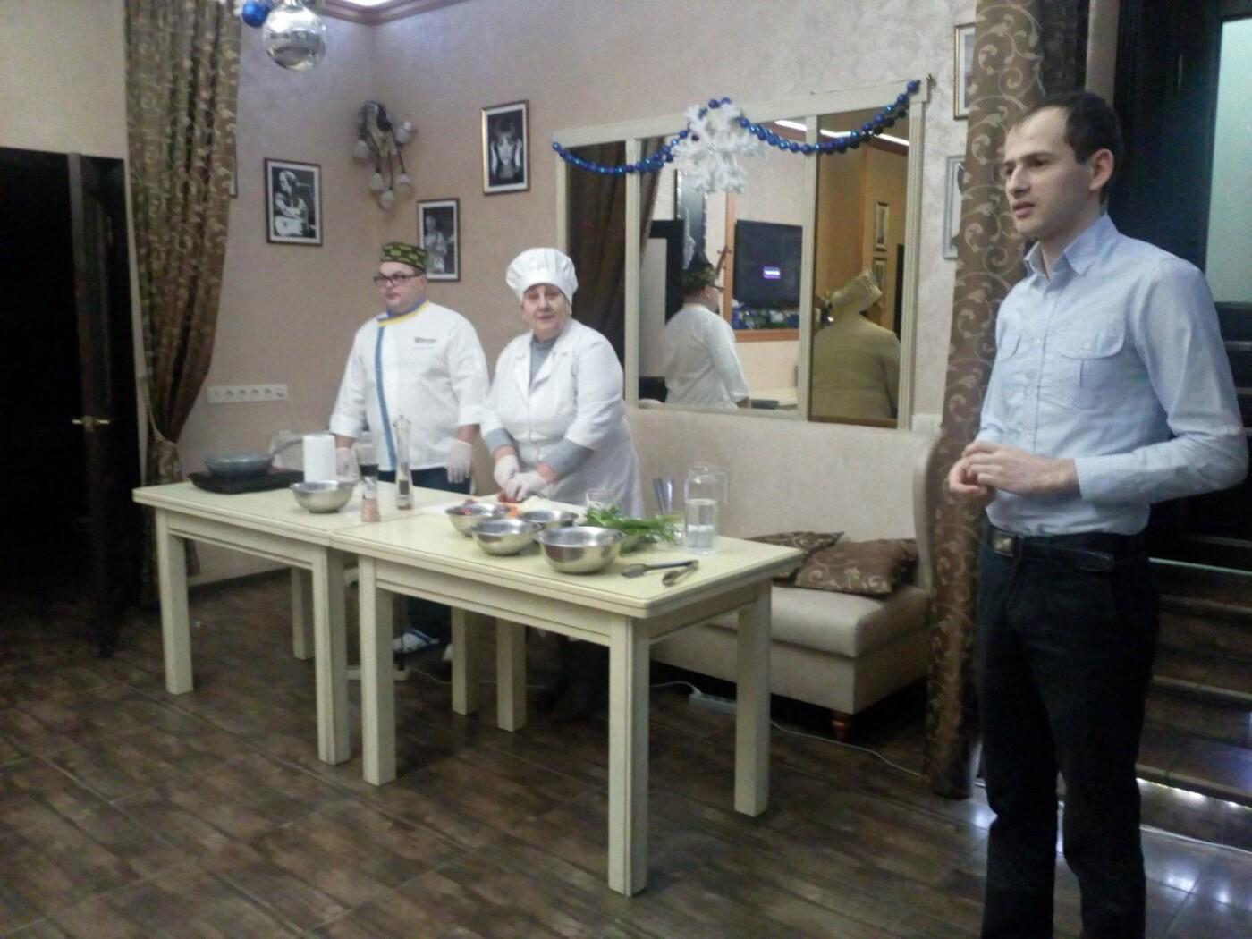Студенти Подільського центру ПТО відвідали кулінарний майстер-клас у одному із ресторанів Кам'янця, фото-3