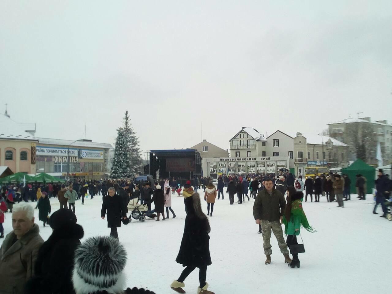 Подільський центр ПТО представив виставку на міжобласному заході до Дня Соборності України, фото-2