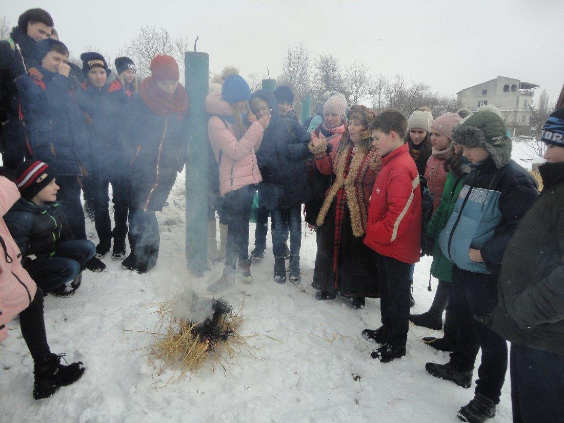 """Еколого-натуралістичний відділу ПНВО влаштували для дітей свято """"Масляна"""", фото-2"""