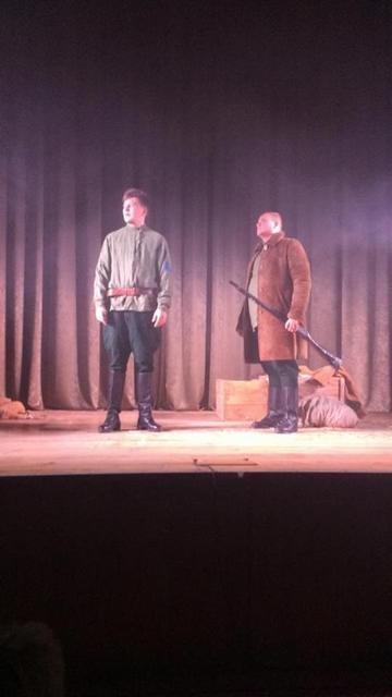 У Кам'янці театральні вечори розпочались психологічною драмою «Почуй сонечко», фото-1