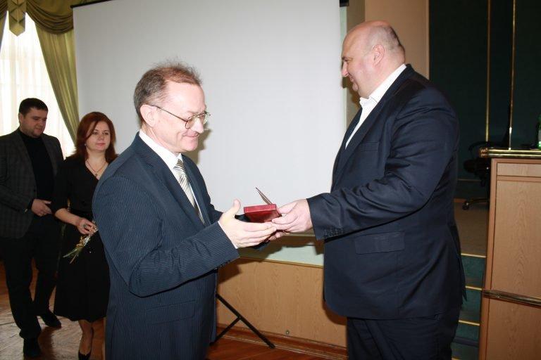 Державну відзнаку отримав голова правління одного із підприємств Кам'янеччини, фото-1