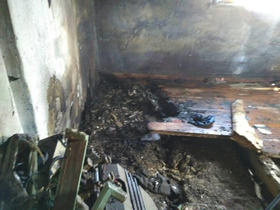 Неуважність при експлуатації печі призвела до пожежі в селі Пудлівці, фото-2