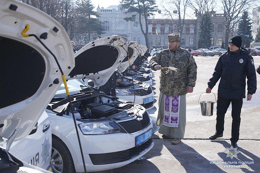17 автомобілів отримали групи реагування патрульної поліції Хмельницької області, фото-5