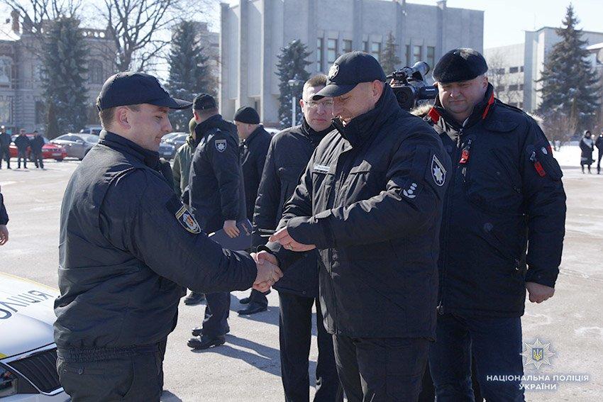 17 автомобілів отримали групи реагування патрульної поліції Хмельницької області, фото-3