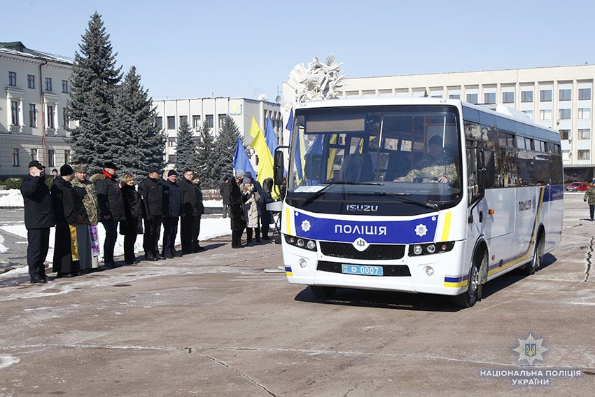 17 автомобілів отримали групи реагування патрульної поліції Хмельницької області, фото-6