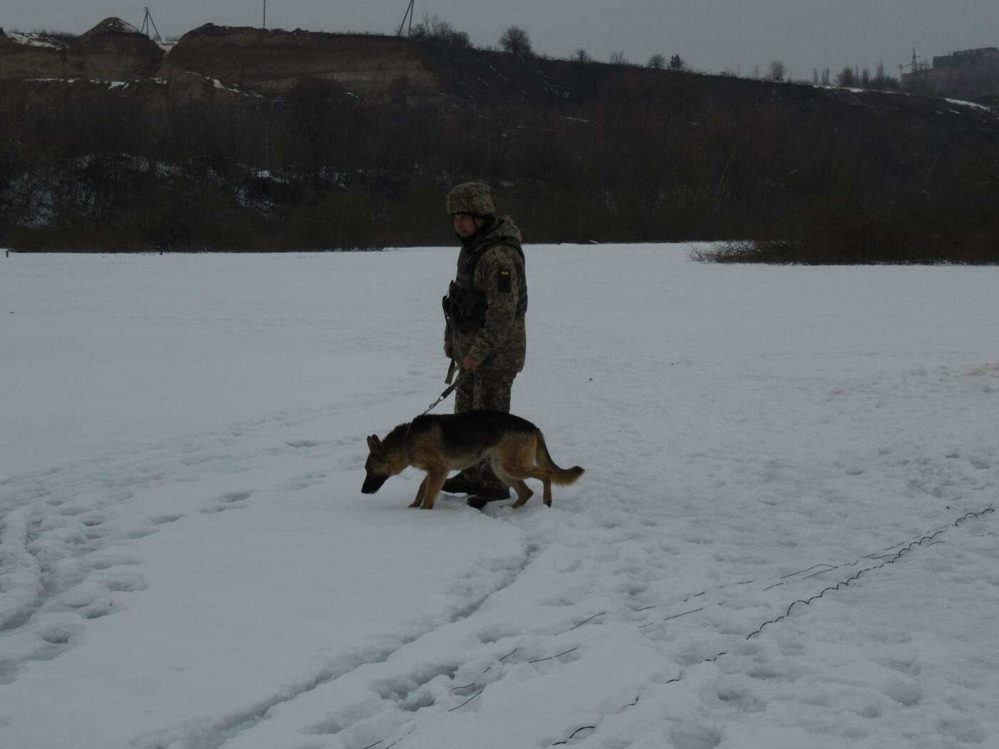У Кам'янці пройшли навчання військових та рятувальників, щодо пропуску льодоходу, повені та паводків, фото-1