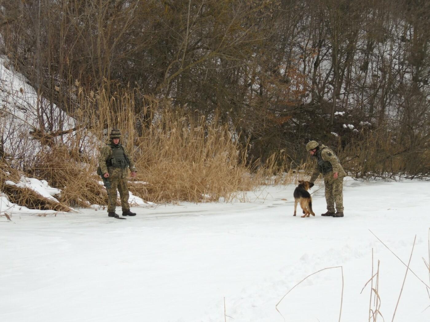 У Кам'янці пройшли навчання військових та рятувальників, щодо пропуску льодоходу, повені та паводків, фото-7