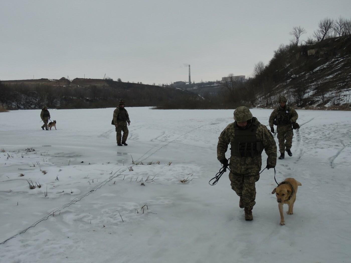 У Кам'янці пройшли навчання військових та рятувальників, щодо пропуску льодоходу, повені та паводків, фото-2